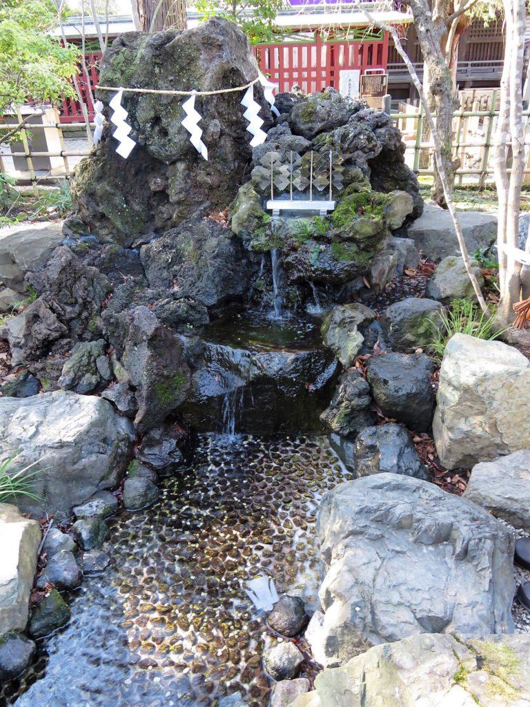 大國魂神社水神社