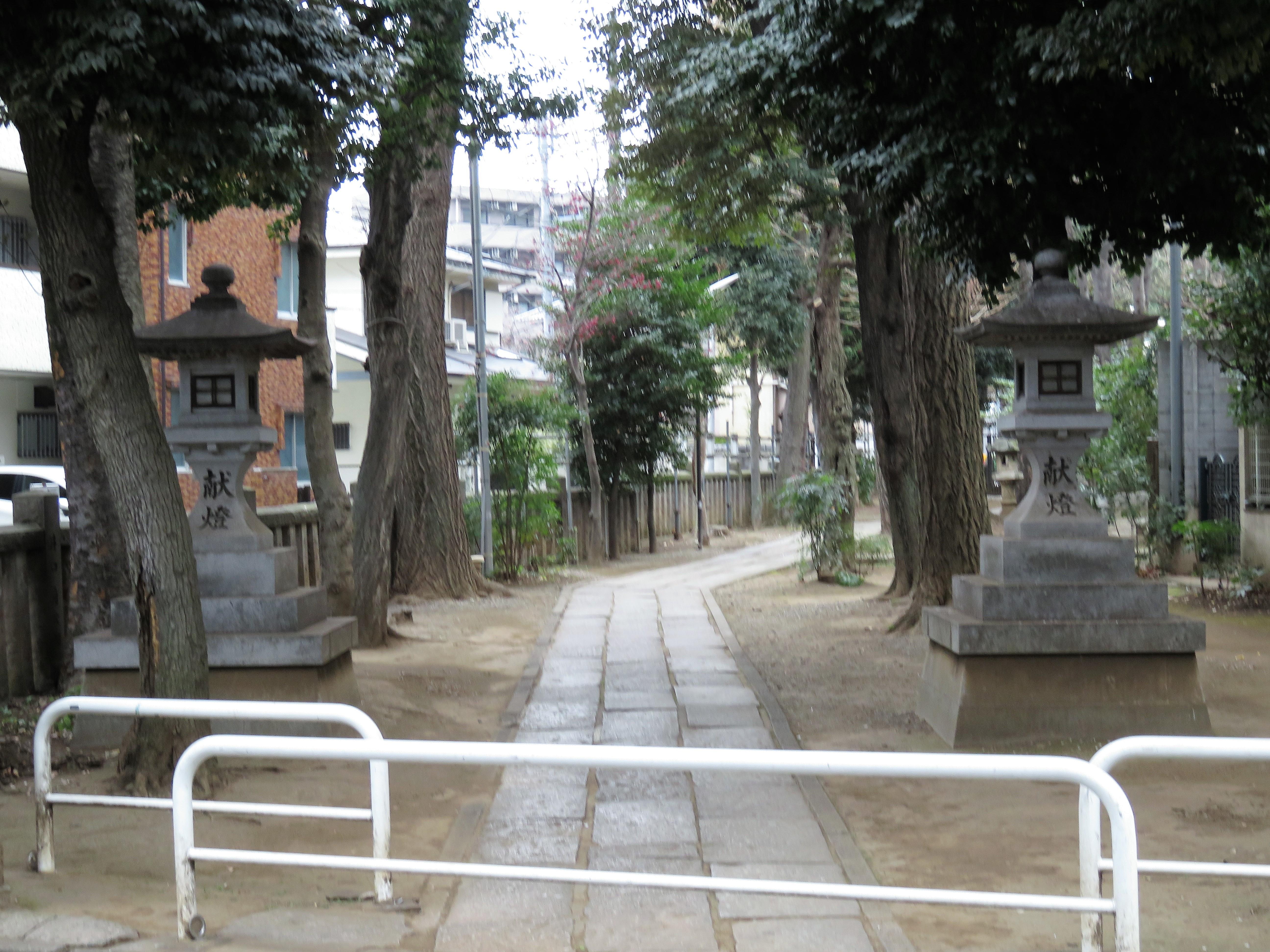 荻窪白山神社参道