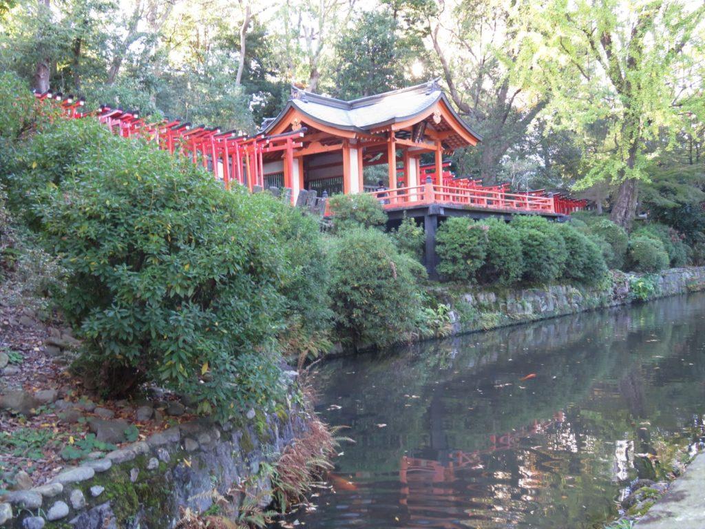 根津神社舞台