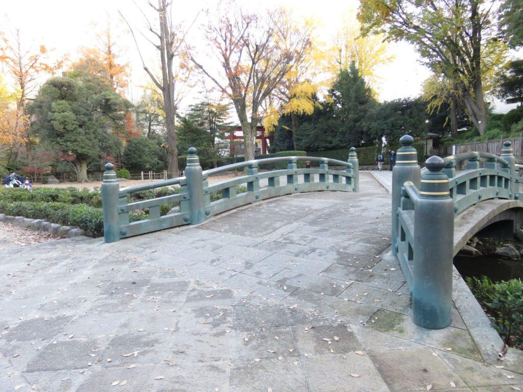 根津神社神橋