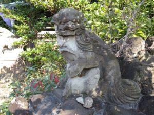 八幡神社狛犬1