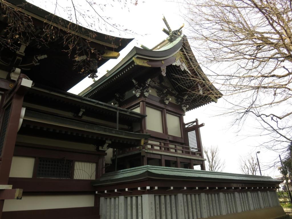 新宿諏訪神社本殿