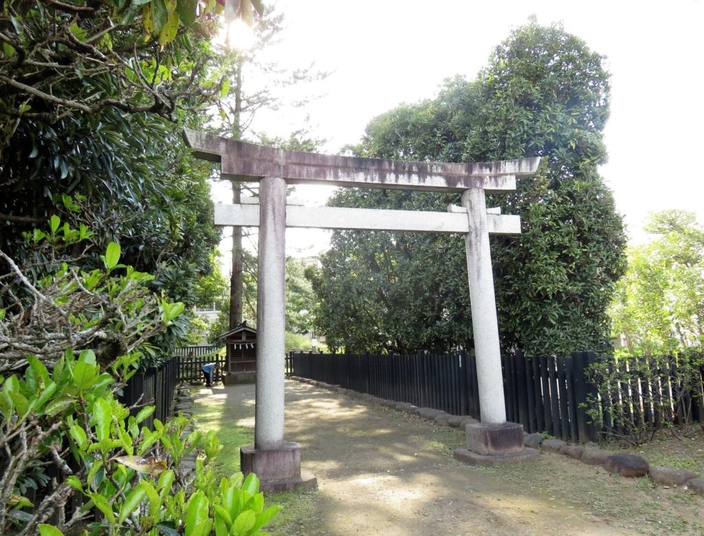 井草八幡宮富士塚2
