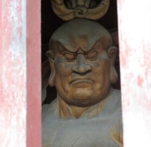 南蔵院鐘楼門阿像
