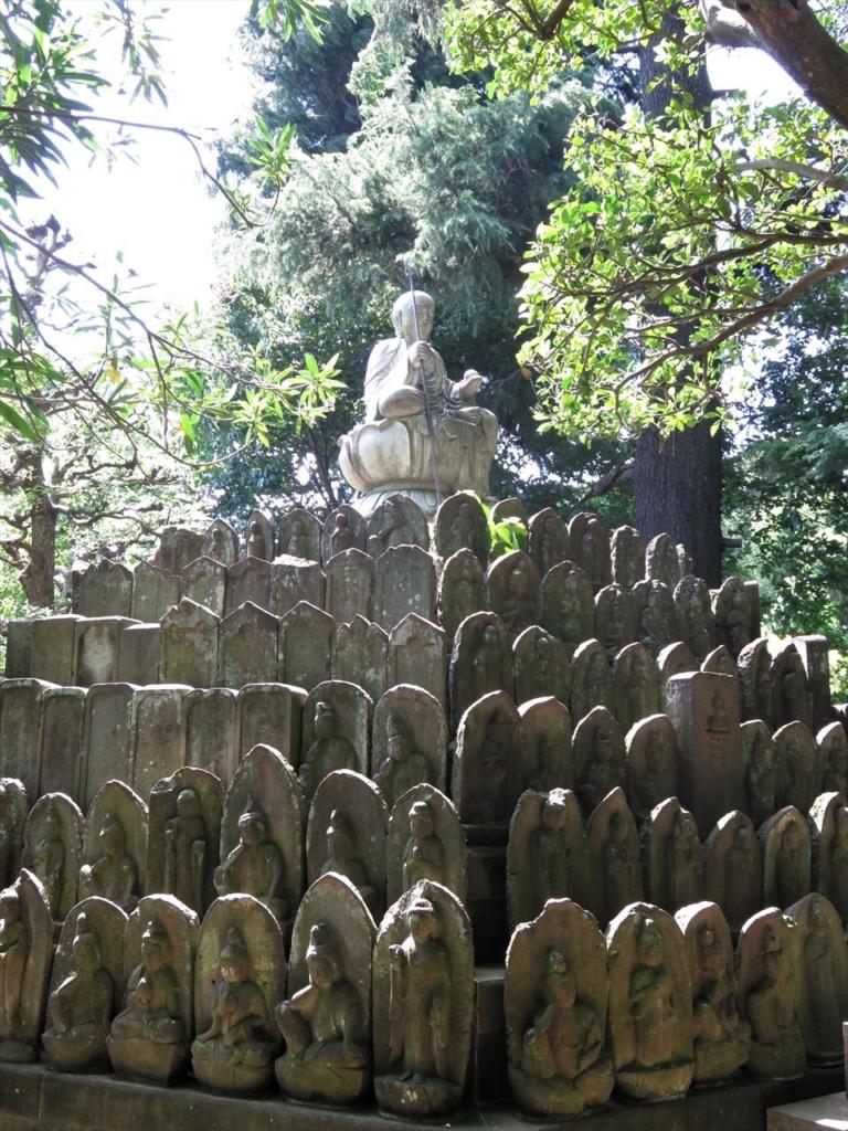 道場寺石仏