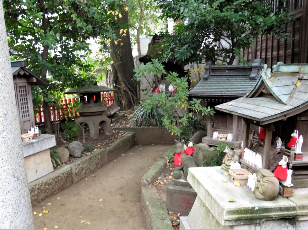 馬橋稲荷神社内稲荷神社祠