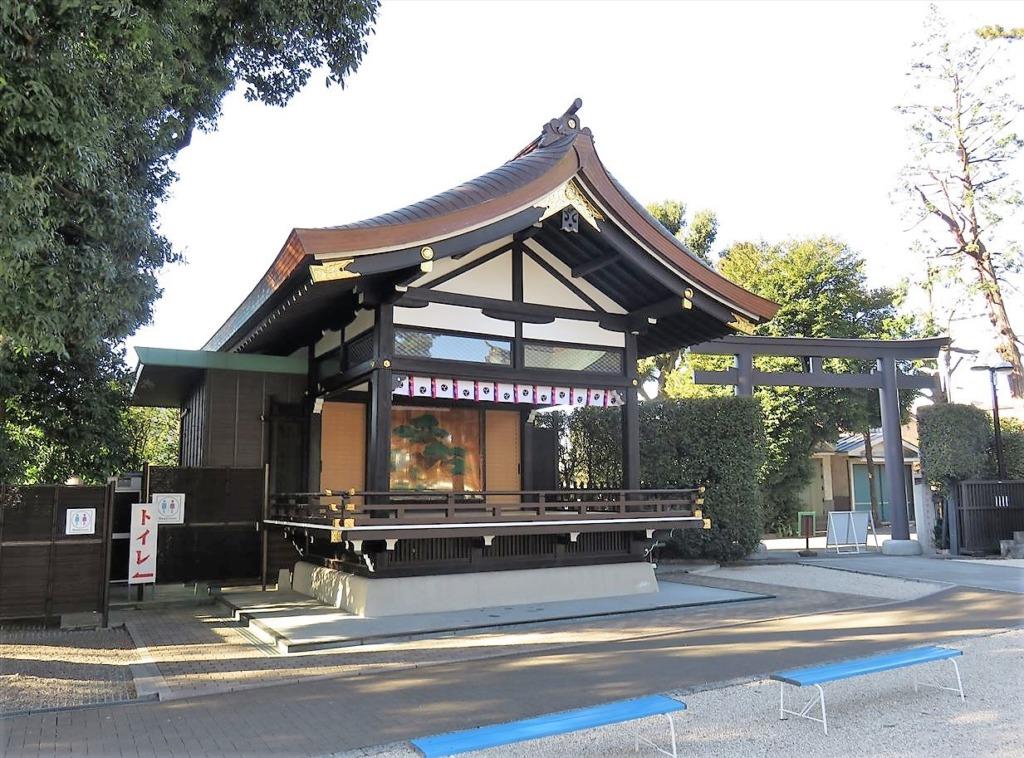 沼袋氷川神社神楽殿