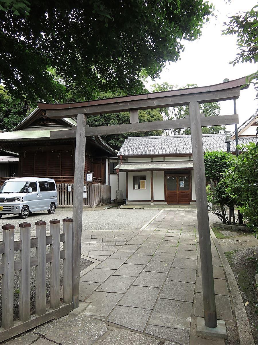 平塚神社東鳥居
