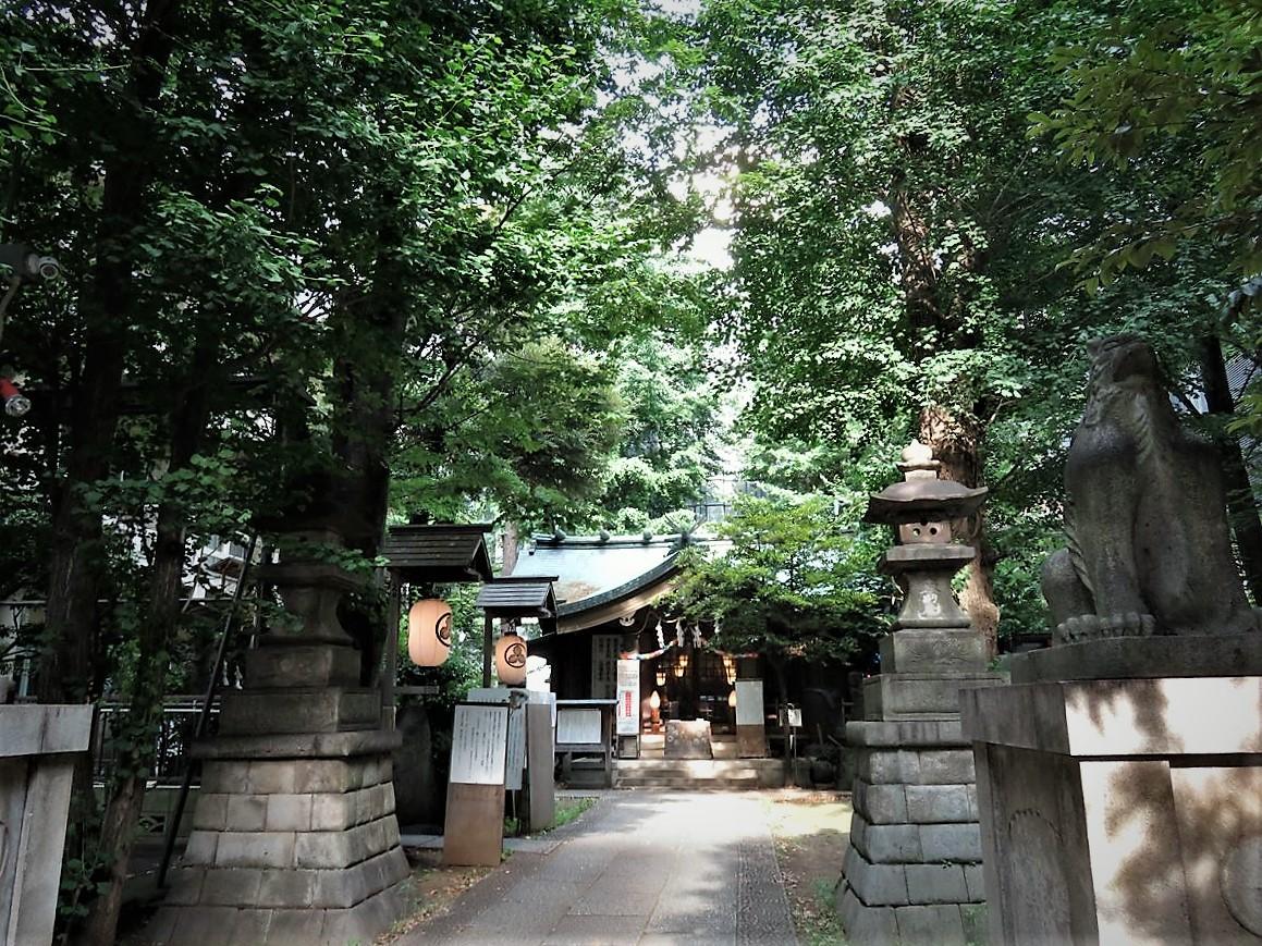稲荷鬼王神社社殿2